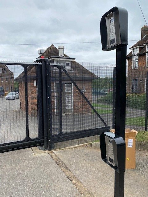 Future Tech Security Solutions in Kent - Gate Automation - Example1